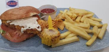 Chicken Burger mit Pommes frites